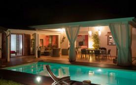 A St François, Villa de standing avec piscine