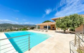squarebreak, Villa avec piscine et vue imprenable près de Porto