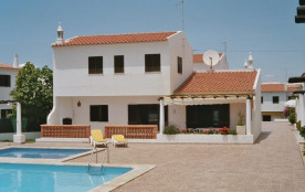 Villa à ALBUFEIRA (OLHOS D'AGUA)