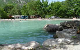 Camping Le Colombier, 58 emplacements, 11 locatifs