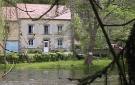 Location Gîte au bord de la rivière Sioule