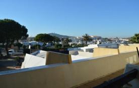 Appartement 2 pièces de 30 m² environ pour 4 personnes située en plein cœur de la station et à pr...