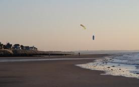 Cerf volant sur la plage d'Hauteville sur mer