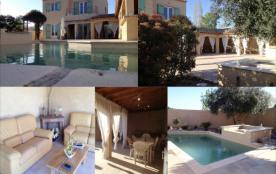 L'oustal del bonor   :      Superbe villa pour 8/10 personnes