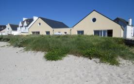 la sirène et la glaneuse, maisons sur la plage