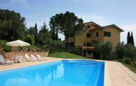 Toscane, Belle villa 14-16personnes, piscine privée 6 x 12m, magnifique vue sur le Valdichiana