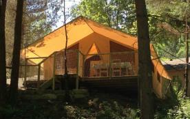 Nos Tentes Safari - Camping au bord de la rivière Alet à Ustou en Ariège, situé à seulement 10 minutes de la petite v...