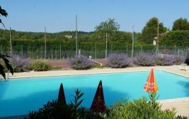 Bienvenue au Camping Font Neuve situé au Pied du Mont Ventoux avec ses sites de randonnées pédest...