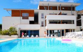 A 100m de la plage et 200m du golf, appart 4-8pers dans résidence avec piscine