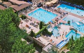 Les Jardins de Tivoli, luxueux camping-caravaning 4 étoiles est situé à 1,5 km du centre du Grau du Roi, charmant vil...