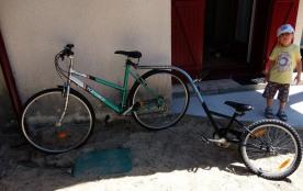 Vélo suiveur mis à disposition