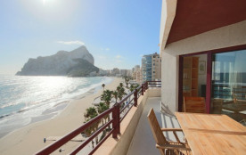 3BD Beachfront Duplex Penthouse - Stunning Sea Views & 3 Private Balconies