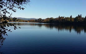 lac des montagnès paisible