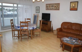 Appartement de 63 m² situé dans Résidence à 150m de la plage.