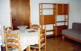Samantha, Appartement dans ensemble de 10 gîtes avec couloir commun.