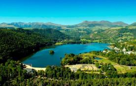 Domaine du Lac de Chambon, 89 emplacements, 70 locatifs