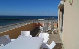 2 pièces avec terrasse de 25m² vue mer et parking