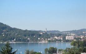Appartement 1er etage dans villa avec vue panoramique sur le lac et la ville, quartier residentiel ensoleillé - Annec...