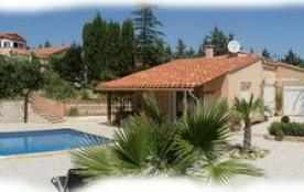 Villa de plein pied, piscine chauffée privative, SPA. - Thuir