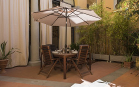 Giardi House - Bright 2bdr steps from Palazzo Pitti Florence