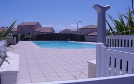 Résidence la Parée, 200m env. plage - Bel appartement rez de chaussée de type 3 / 4 personnes LA ...