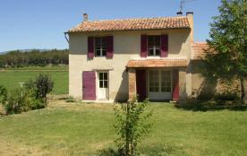 Maison indépendante dans une grande propriété avec terrain non clos sur une propriété de 35 ha