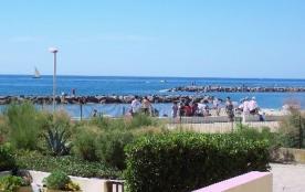 F2 pour 5 personnes à la résidence Le Mare Nostrum en rez-de-jardin face Mer, commerces à proximi...