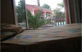 Villa de standing climatisee avec piscine sécurisée