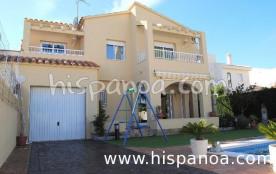 Location de vacances villa à Ametlla de mar villa piscine et jardin |vnser