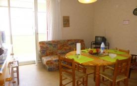 Appartement 2 pièces de 41 m² environ pour 4 à 6 personnes situé à 200 m de la plage, dans le qua...