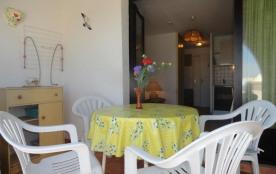 Appartement studio cabine de 22 m² environ pour 4 personnes, au calme et à deux pas du cœur de la...