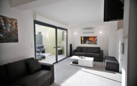 Appartement neuf, centre ville Calvi, calme, tout confort, proche de la plage