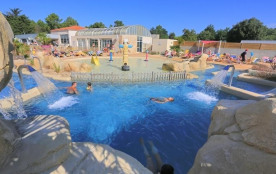 Camping LES GENETS, 55 emplacements, 100 locatifs
