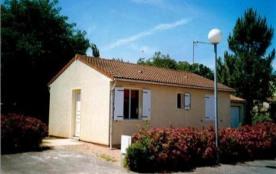 FR-1-357-39 - Maison de vacances T3, dans quartier du Bouil