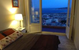 Entre mer et montagne Appartement  moderne et spacieux, tout confort -Vue exceptionnelle sur la Mer et le vieux Menton