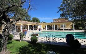 squarebreak, Villa provençale au calme absolu entre Aix et Lube