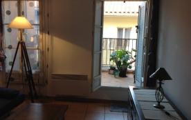 T2 en duplex avec petite terrasse quartier le Panier à Marseille