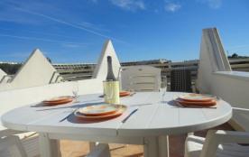 Appartement studio cabine de 27 m² environ pour jusqu'à 4 personnes située à 2 pas de la plage et...