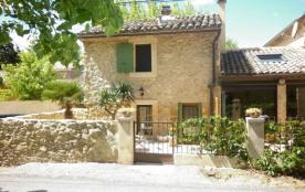 Gîtes de France Audelie - A 10 km de Carpentras, capitale du Comtat Venaissin, gîte avec façade e...
