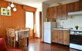Appartement studio de 28 m² environ pour 4 personnes, la Résidence Les Mélèzes est située dans le...