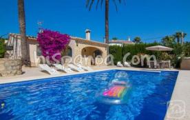 Cette villa à louer en Espagne de 125m&su