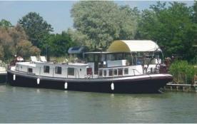 Boat à AIGUES MORTES