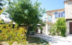 villa indépendante 90m2 avec jardin clos terrasse ombragée