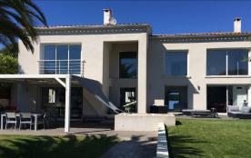 Villa contemporaine + piscine, au calme, à 5 min d'Ajaccio