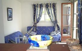 Appartement T3 rez de chaussée de villa, Saint Pierre la Mer.