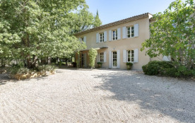 squarebreak, Provencal country house in the land of Cezanne