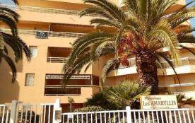 Juan Les Pins(06) - Bijou Plage- Résidence Amaryllis. Appartement T2 - 33 m² - jusqu'à 4 personnes.