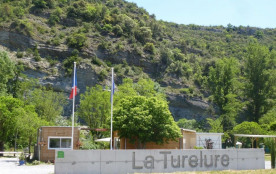 Camping La Turelure, 65 emplacements, 19 locatifs