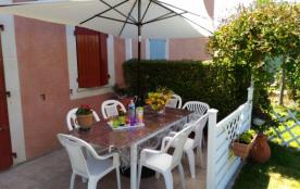 Coquet , agréable, terrasse aménagée, espace vert, piscine dans résidence, jeux, bar  - 20% pour  2 sem. UN RÊVE D'ETE