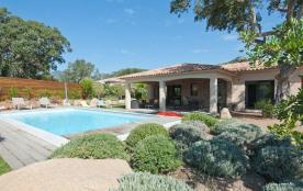 Villa d'architecte climatisée avec piscine chauffée